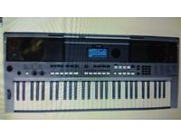 Yamaha PSR-E433 Digital Keyboard 755 voices & 200 styles Full size keyboard.