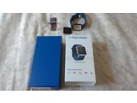 Fitbit Blaze Blue Strap Mint Condition With All Accessories Inc Box