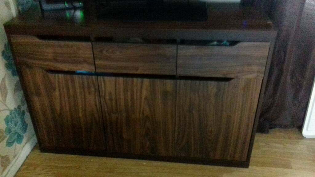 Sideboard and shelve cube unit