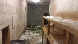 Storage room to let