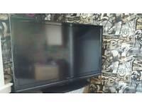 """42"""" Hitachi TV"""
