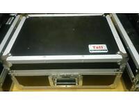 "19"" mixer flight case"