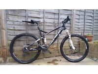 Excellent condition Norco Fluid 7.2, Large Frame, Full Suspension Mountain Bike