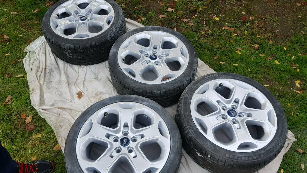 18 Ford Mondeo ST alloys and good tyres.