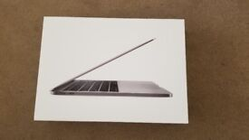 2016 / 17 Macbook Pro 13' 256gb ssd comes with Warranty newest model