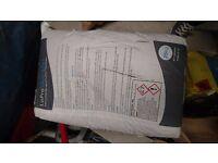 5 bags of Lopro quickset nu heat underfloor and renewables