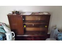 Excellent condition wood/glass cabinet