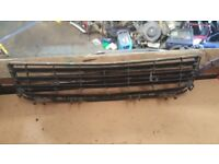 2006 VAUXHALL ASTRA HATCHBACK DIESEL OR PETROL FRONT BONNET OR BUMPER GRILL LUTON £35