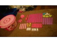 Meccano 100pc pink construction set with bucket