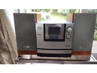 Aiwa XSG7 music system with 3 CD autochanger - excellent working condition.