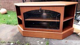 TV Stand (Vintage)