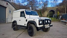 2000 Landrover Defender 90 TD5, White, 117k, 12M MOT 4 owners and s/h Cheap TD5 90 ready for winter.