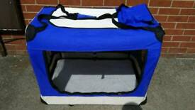 Cadoca Pet cage in good used condition all zips workong Can deliver or post!