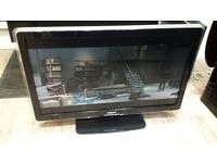 """Philips 42"""" Ambilight Full HD 1080p Digital Freeview LCD TV £120"""