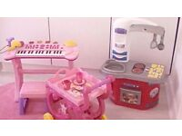 Bundle off toys - Piano, Tea party trolley and Kitchen