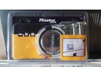 New unused master lock van lock padlock and hasp set bargin £25