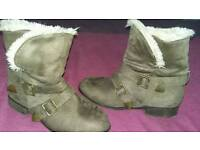 New look brown boots size 6