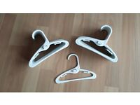 clothes hangers pk of 30 white.