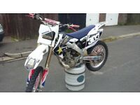 IMMACULATE HONDA CRF 250 TWIN PIPE