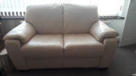 DFS cream soft leather 3 piece suite excellent conditon from a pet free home