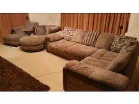 Excellent Condition 5 Piece Sofa & Chairs