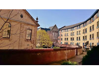 Newly Refurbished 2 Bedroom Flat in City Centre