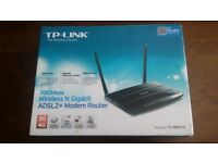 Tp-link 300mbps wireless router, 3g and 4g. Gigabit ethernet adsl2+ modem router- Selling as used