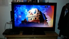 32 inch Alba LCD TV with DVD player