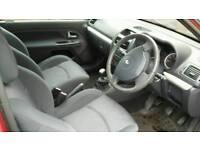 Renault Clio Dynamique 16v