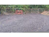32 x 20 Foot Yard to rent in Goffs Oak, Would Suit Gardener / Tree Surgeon