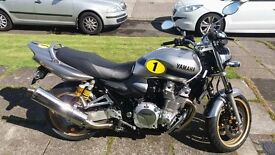 FOR SALE 2015 Yamaha XJR 1300 Racer (Limited Edition Paintwork)