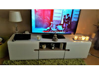 Luxury TV and storage unit. Cost over £300 in as new condition as only used for a couple of months.