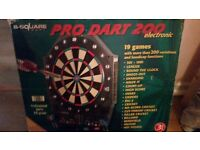 Pro Dart 200 Electronic - B-square - 1-8 people