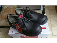 Safely shoes boots footwear size 8 new in box