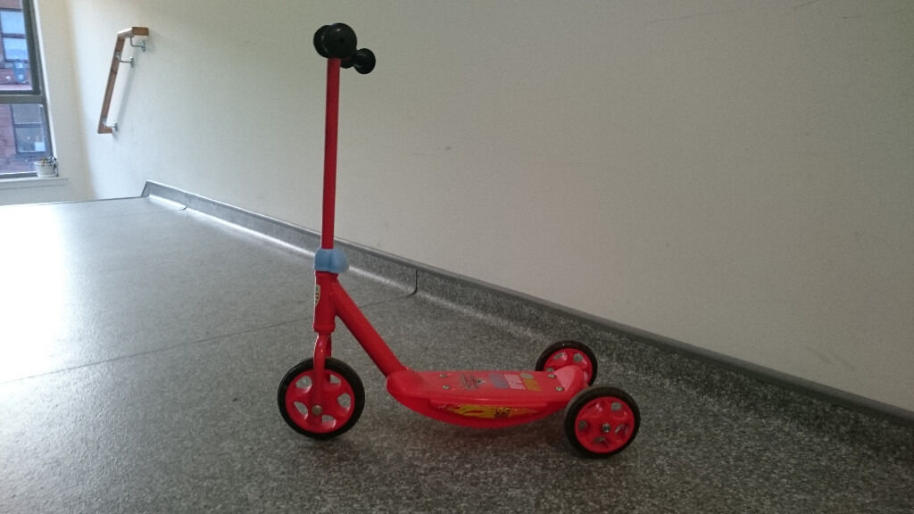 Disney Pixar Cars Tri ScooterJungle Infant Helmetin GlasgowGumtree - Scooter ideal for beginners three wheels to aid stability, adjustable handlebar and the anti – slip foot plate. The easy grip handlebars decorated with an image panel of Lightning McQueen. Scooter in a good condition rarely used. Jungle helmet...