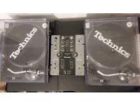 2 x Technics SL-1210 MK2 + with Pioneer Mixer DJM 250