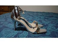 Size 5 gorgeous silver heels