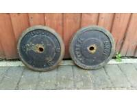 2 x 10kg caste iron weight plates