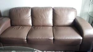 Couches $500