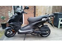 Direct Bikes Viper 125cc Moped - Mot Till 30-05-19