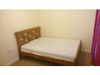 Double room with Private bathroom £80 p/w