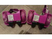 Mixed roller skates and zinc gliders