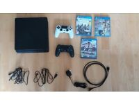 Slim Ps4 1 TB + 2 controllers + 3 games