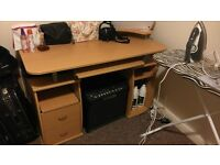 Desk for sale. £20 pick up only