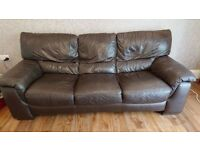 BROWN LEATHER 3+2 SEATER LEATHER SOFAS - MUST GO ASAP - CHEAP DELIVERY - £275