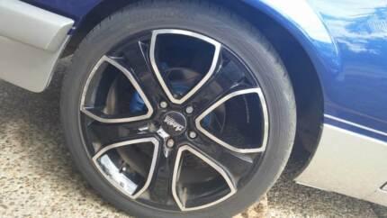 Holden Commodore 18s advanti 2 brand new tyres, 2 80% Pimpama Gold Coast North Preview