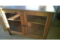 Heavy oak wood & glass storage sideboard cupboard shelves