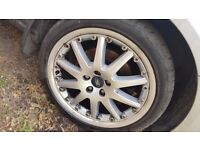 Ford mondeo 18inch ten spoke alloys with good tyres