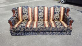 USED BED SETTEE