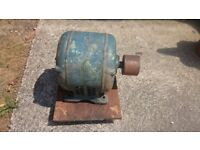 vintage 7.5hp 3 phase motor from lathe.